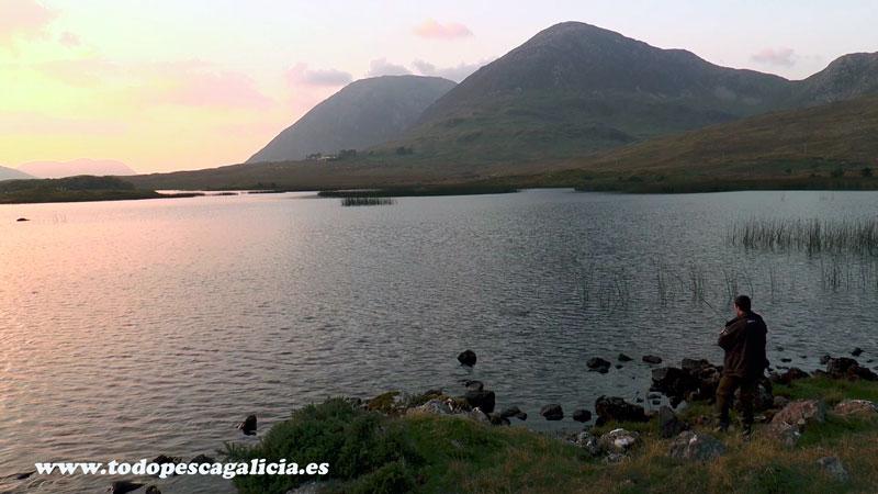 captura-en-lago-montaña